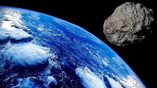 Meteorit a planeta